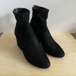 Steve Madden Lisbon Boot in Black Suede